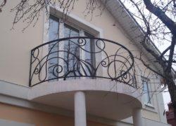 Кованый балкон КБ-02